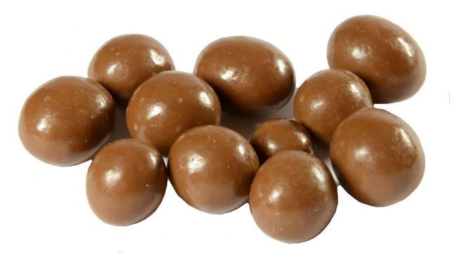 Orzechy laskowe w czekoladzie cena mlecznej 200g